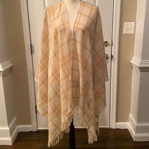 Eileen Fisher wool cashmere blend shawl OS